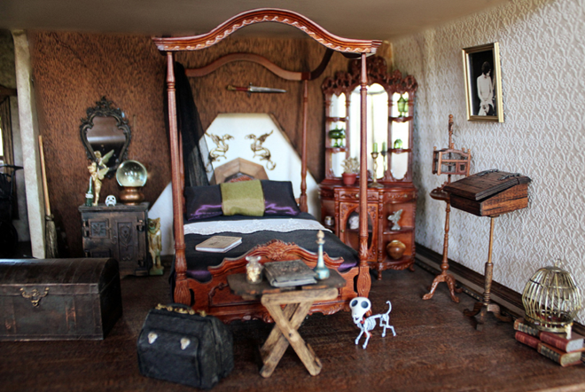 Daily Good Thing Halloween Countdown Haunted Dollhouse